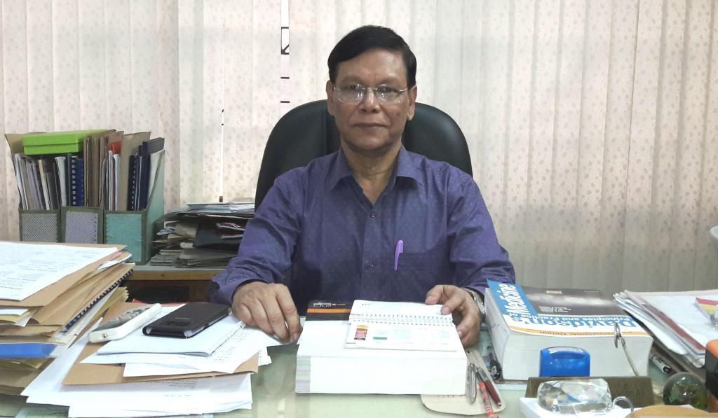 Prof. Roushon - Web